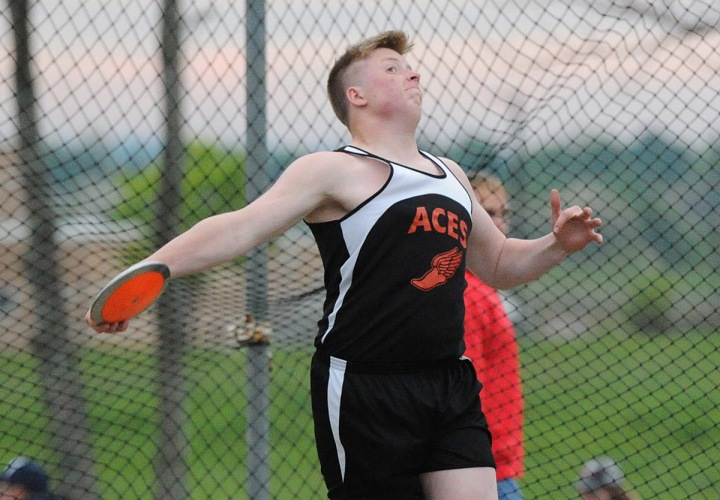 Mid-State League Track and Field May 9 2017 Noah Smith (Amanda-Clearcreek)